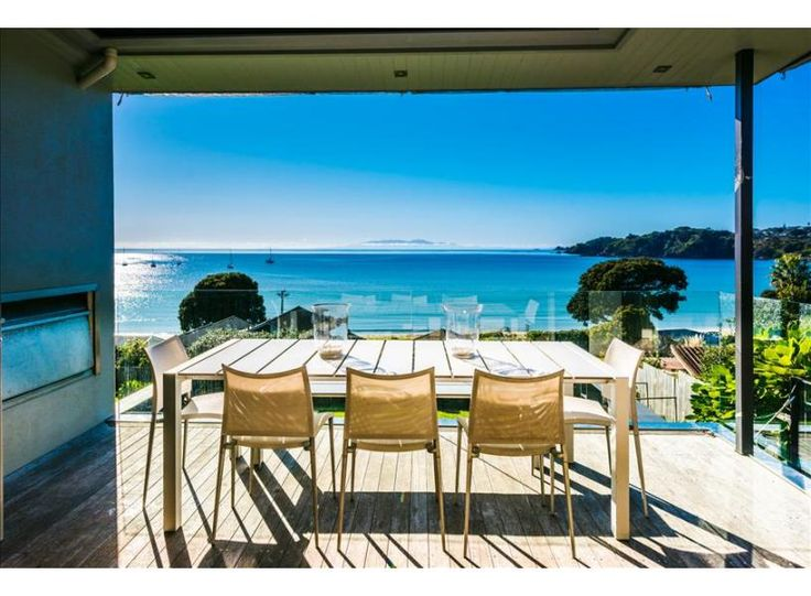 Oneroa Bay | Be My Guest Waiheke - fantastic central Oneroa home with great views!