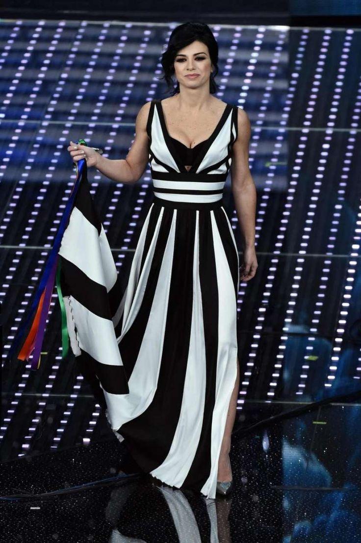Manu Dolcenera a Sanremo 2016 #musicaitaliana #Festival_Sanremo #abiti #cantanti #Dolcenera