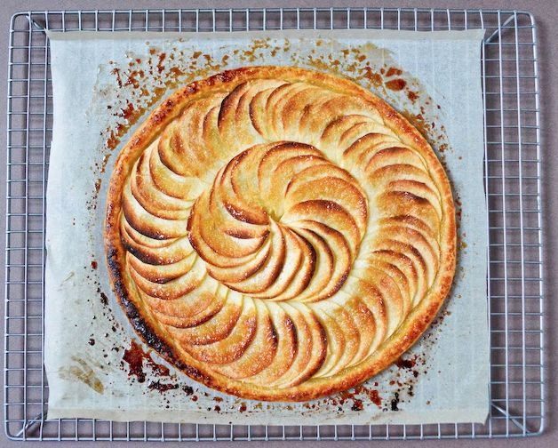 A CUP OF JO: French Apple Tart
