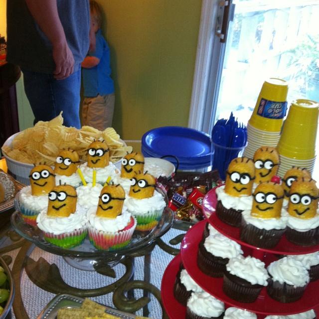 Razorback Baby Shower Cake