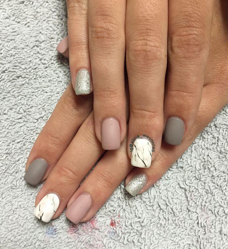 Marble matte nails