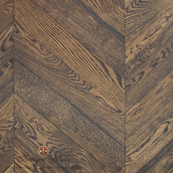 Chevron Oak flooring - capturing the natural beauty of the wood in your flooring.