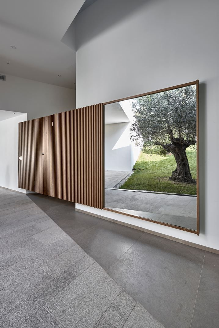 "Villa ""La Madone"" - Picture gallery #architecture #interiordesign #entrance"