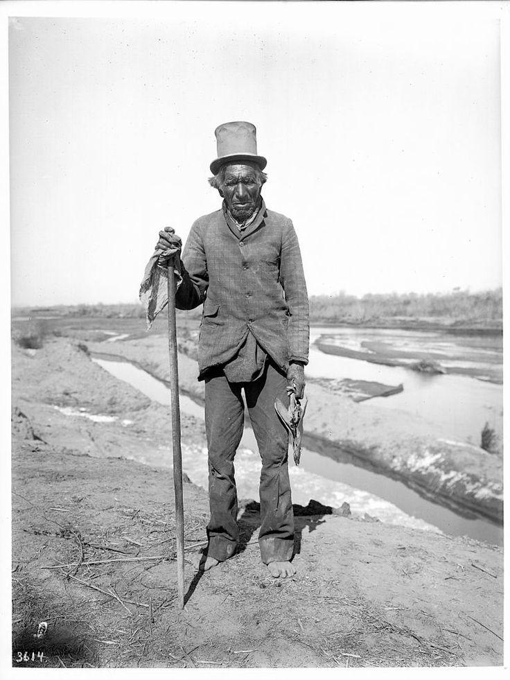 Old Pima Indian man, Vaugh-Cum, a medicine man, Pima, Arizona, ca.1900
