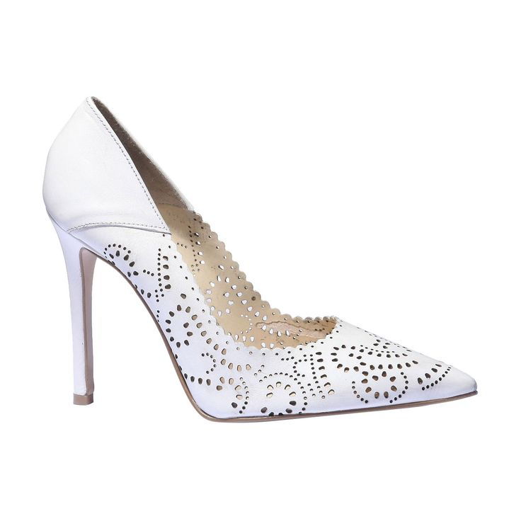 Lodičky na vysokém Stiletto podpatku s protaženou špičkou. Design s velmi ženskou dekorativní perforací a dekorativním lemem. Svěží model doplní jarní šaty i elegantní letní kalhoty.