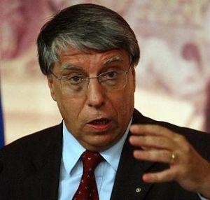 """Giovanardi (Ncd): """"Sullo ius soli meno demagogia e più concretezza"""""""