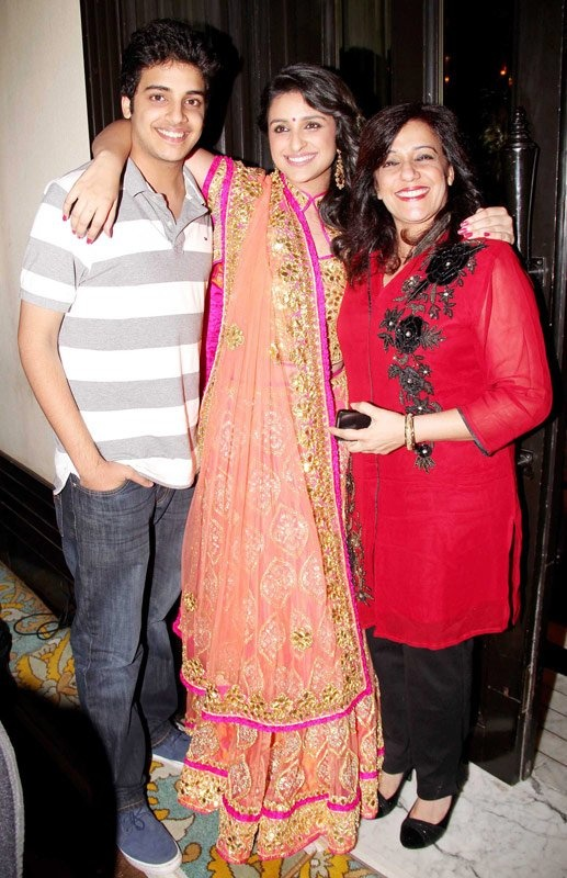 #ParineetiChopra with her mother and brother