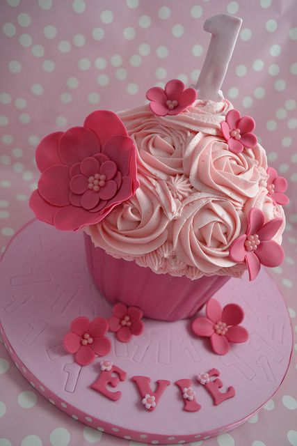 Vanilla Pink '1' cake by Cutie Cupcakes (aka Heather), via Flickr