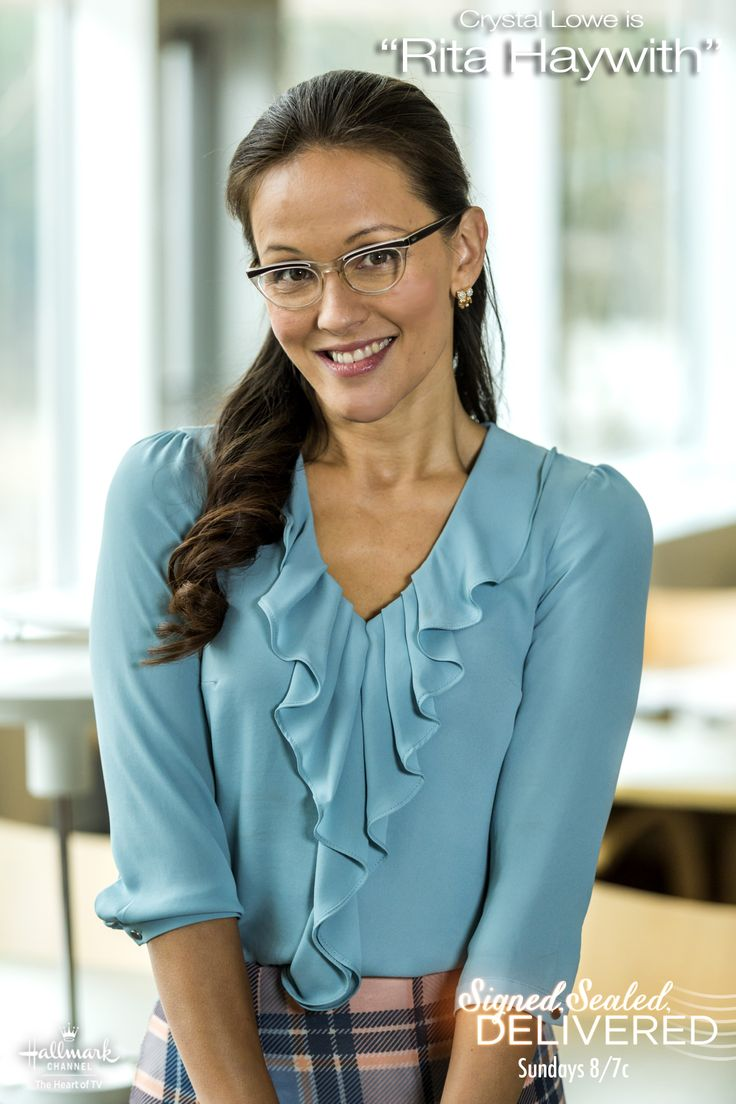 """.@RealCrystalLowe is  sweet #POstable """"Rita"""" in #SignedSealedDelivered SUN 8/7C"""