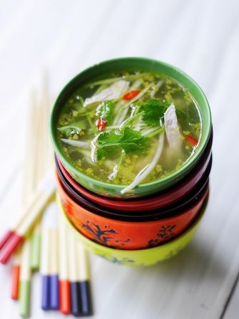 Hot & Sour Chicken Broth With Lemongrass, Ginger & Chili