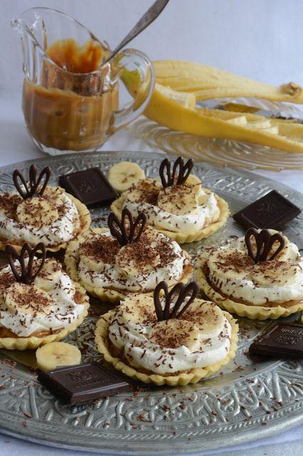 Celebration Treats 4U: Banoffee Pies murotaikinapohjalla