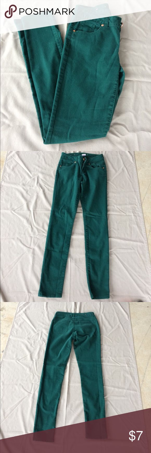 Dark green straight leg In good condition no flaws Jeans Skinny