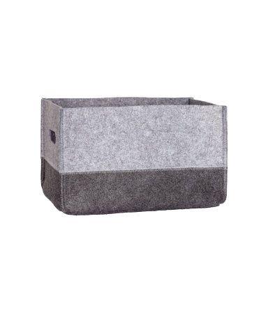 En stadig förvaringskorg i filtad kvalitet med handtag på kortsidorna. Storlek 25x30x41 cm.