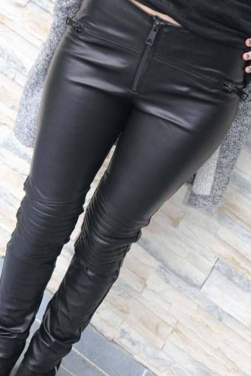 Pantalon simili cuir femme                              …