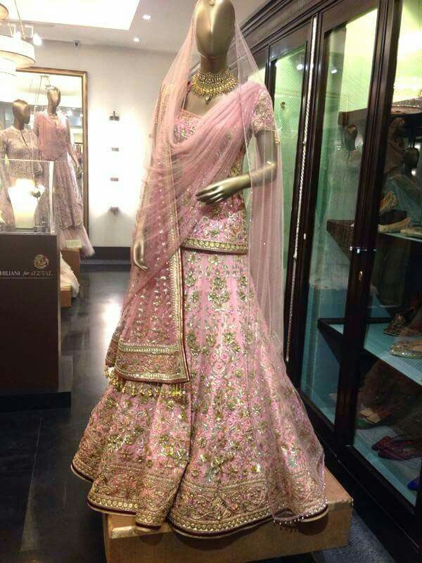 #taruntahiliani #bridallehenga