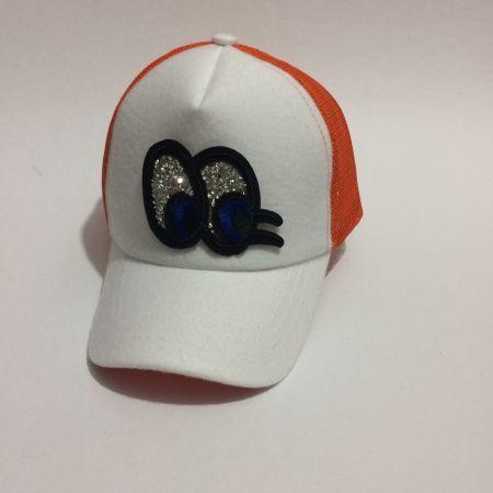Turuncu Fileli Beyaz Şapka 3 Değişen Arma hediyeli