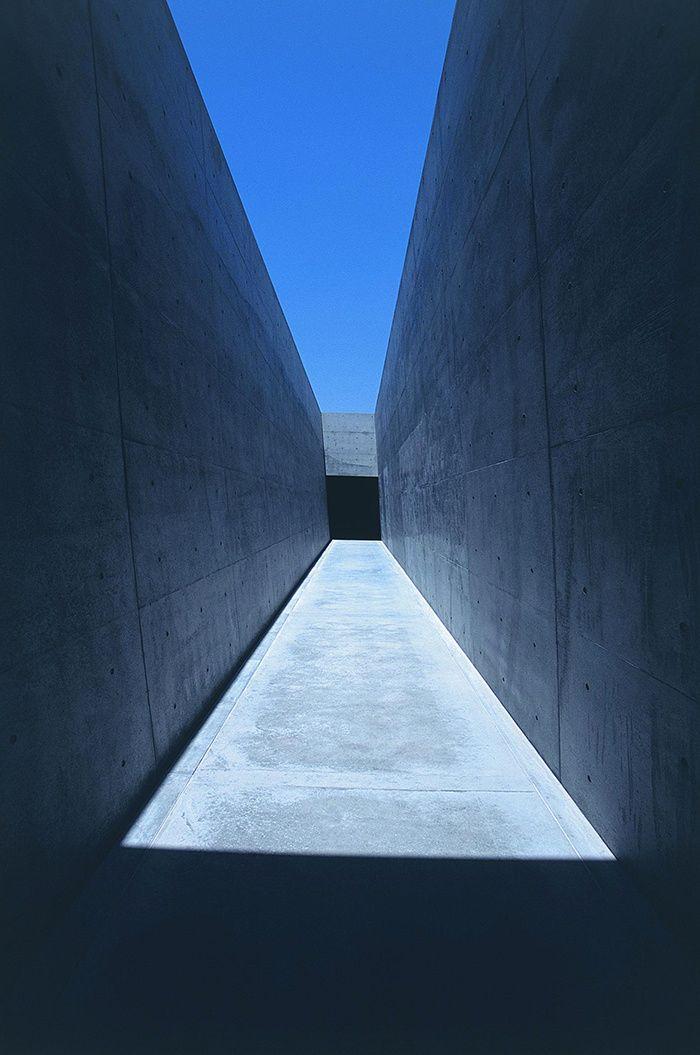 Tadao Ando à Naoshima, La galerie rectangulaire du Chichu Art Museum © Fujitsuka Mitsumasa