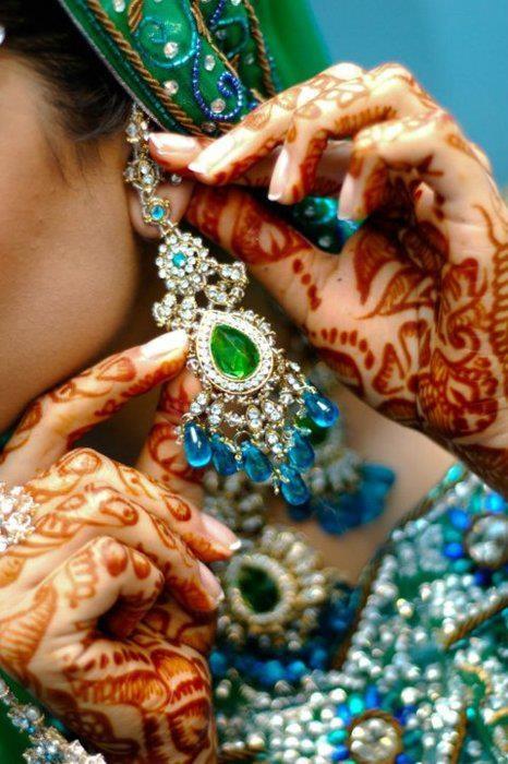 Dulhan Bride Indian Wedding Pakistani Bollywood Kundan Earring Henna Mehndi