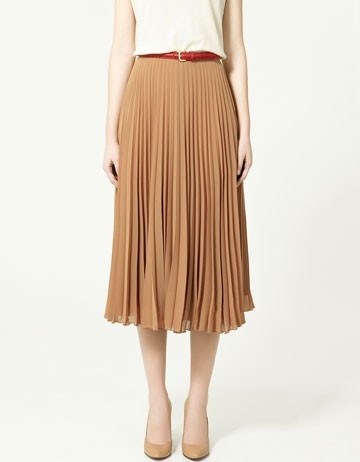 long pleated skirt.