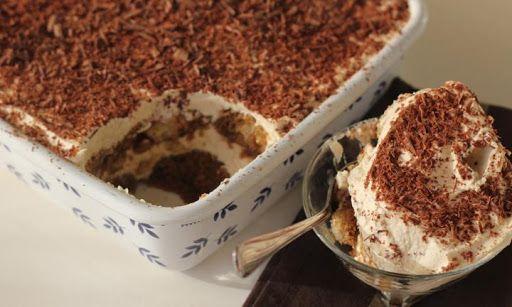 Τιραμισού .... ένα Ιταλικό γλύκισμα που έγινε γνωστό και περιζήτητο σε όλο το κόσμο λόγω της ελαφριάς, αέρινης μαγικής γεύσης του.. Μια εύκολη, απλή και γρ