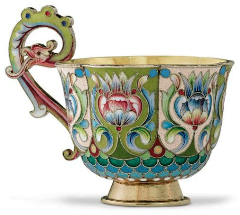 A SILVER-GILT AND CLOISONNÉ ENAMEL CUP. MARKED P. OVCHINNIKOV WITH THE IMPERIAL WARRANT, MOSCOW, 1896-1908. (christies.com)