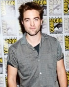 Robert Pattinson spends Sat night Aug 4, at Deer Lodge, Country Western bar in Ojai, with a few mates. During this time he was staying with 'Water For Elephants' co-star Reese Witherspoon, after news of girlfriend Kristen Stewart's tryst with Rupert Sanders, who directed her in the film 'Snow White and The Huntsman.' It is good to see he is not home sulking over his cheating gal, but out with pals sharing drinks and laughs. At their young age, love can seem so all encompassing & heart…