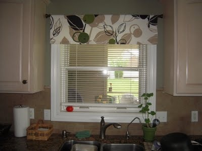 no sew valance tutorial... LL - possibly in the kitchen