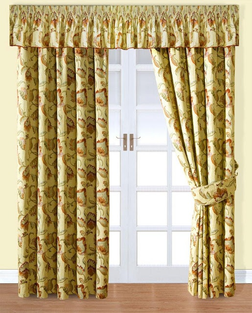 2013 Luxury Living Room Curtains Ideas