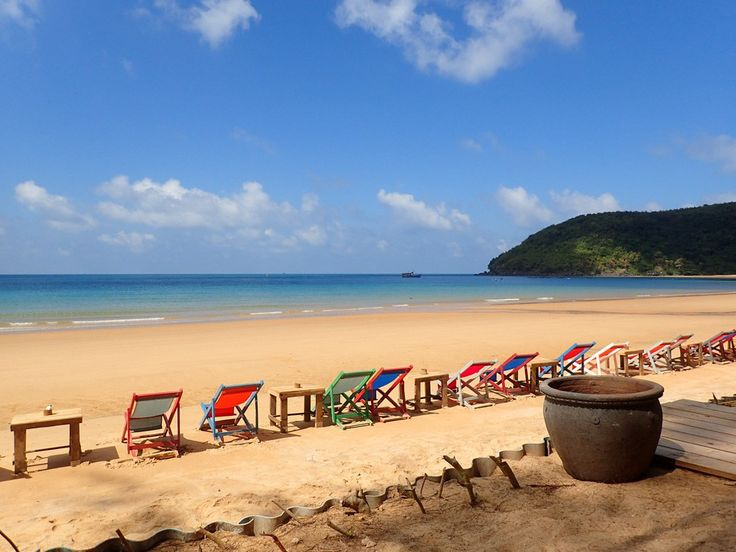 Con Dao Dam Trau Beach. Click to see more photos of beautiful Con Dao island in Vietnam!