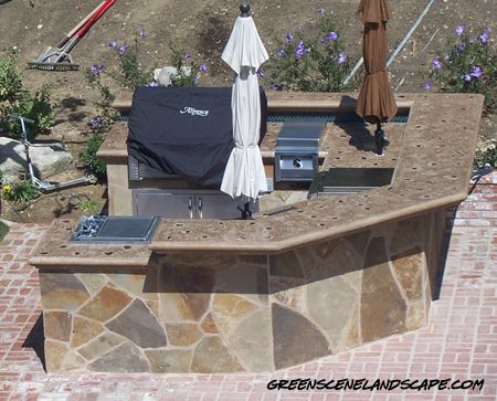 how to build a outdoor concrete countertop in place