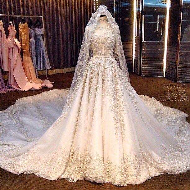 Best 25 muslim wedding gown ideas on pinterest muslim for Ralph and russo wedding dress