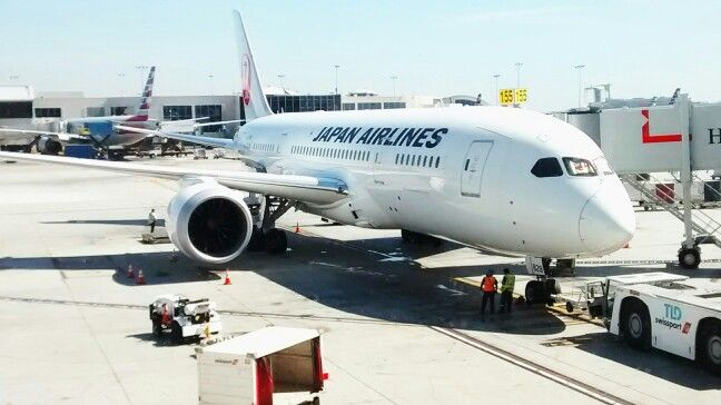 B787 JAPAN AIRLINE, in LAX