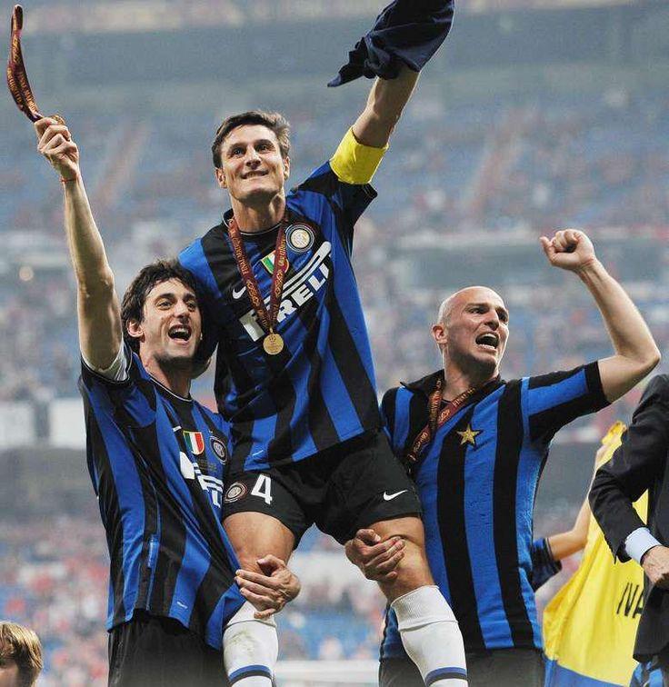 Inter campione d'europa 2010, milito,zanetti,cambiasso
