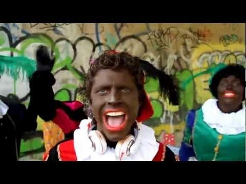 De kinderen vinden het tè gek!    Zwarte Pieten style de nederlandse gangnam style