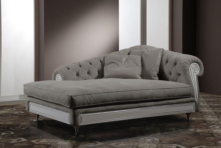 Divano Chaise Longue prodotto da Vismara Design in Italia