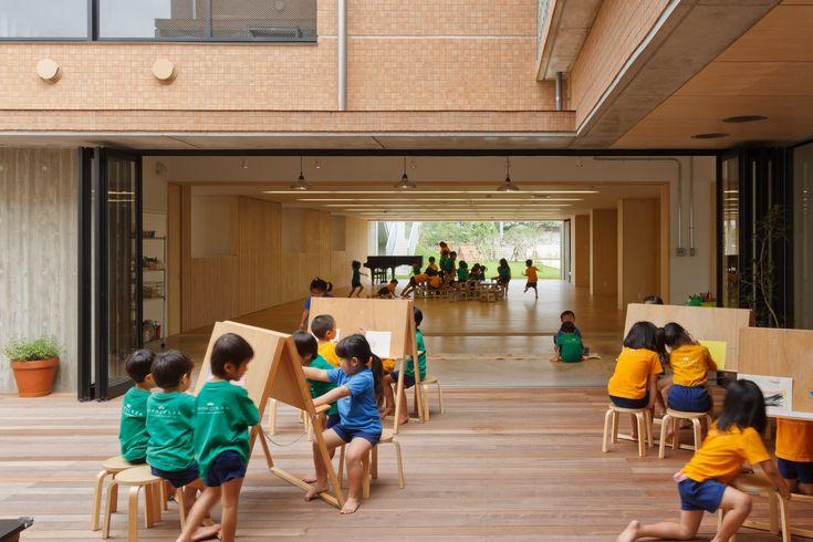 Galeria de Berçário e Jardim de Infância Hanazono / HIBINOSEKKEI + Youji no…