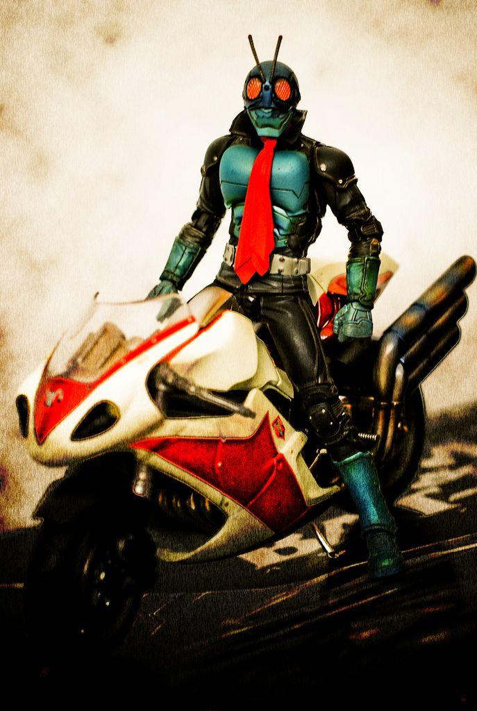 SIC 46: Kamen Rider 1 and Cyclone...   por fendyzaidan