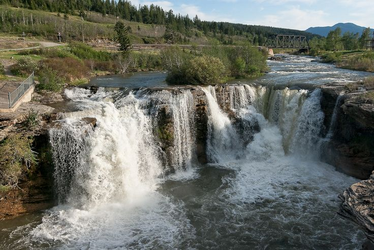 canadian waterfalls | Lundbreck Falls, Alberta, Canada - Pentax User Photo Gallery