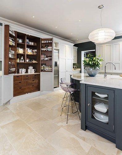 Sleek Painted Kitchen – Tom Howley