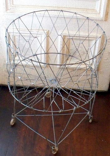 1000 Images About Vintage Wire Laundry Baskets