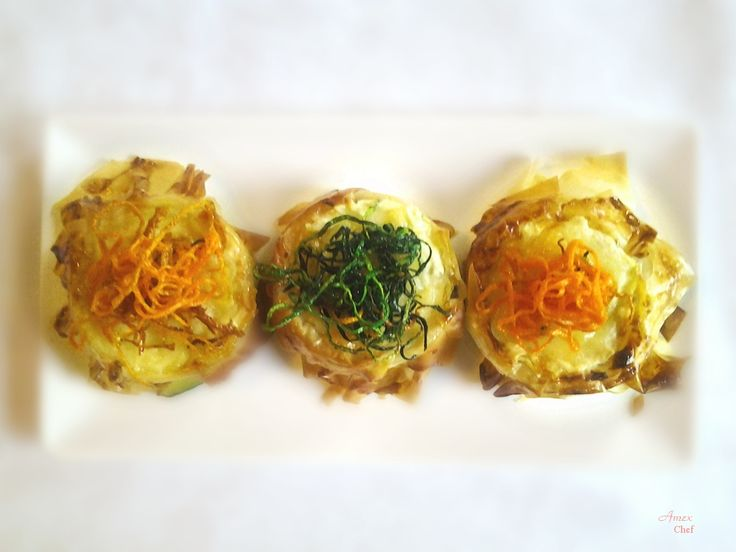 Tortine di pasta phillo con zucchine e formaggi. - Tartaletki ciasta filo z cukinią i serem.- Phyllo pastry tartlets with zucchini and cheese. - Chiedi la ricetta! zapytać o przepis! ask for the recipe! info@del-italy.com www.del-italy.com