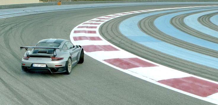 Porsche 911 991 GT2 RS drifting