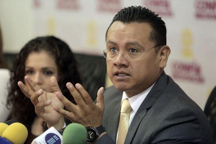 El gobierno federal y la Secretaría de Hacienda son los culpables de la escasez que se está presentando en algunas partes del país, acusó el dirigente estatal del sol azteca, Carlos Torres Piña
