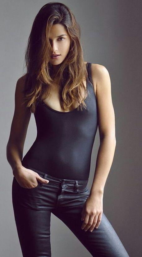 1980 best portrait photos i like images on pinterest for Model of flat
