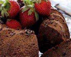 Chokoladekage med rå kakaonibs