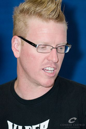 Jake Busey is still sexy ❤