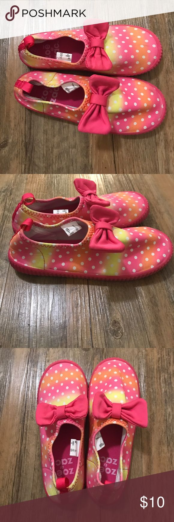Girls water shoes 12c Worn once very cute water shoes!! zoe and zac Shoes Water Shoes