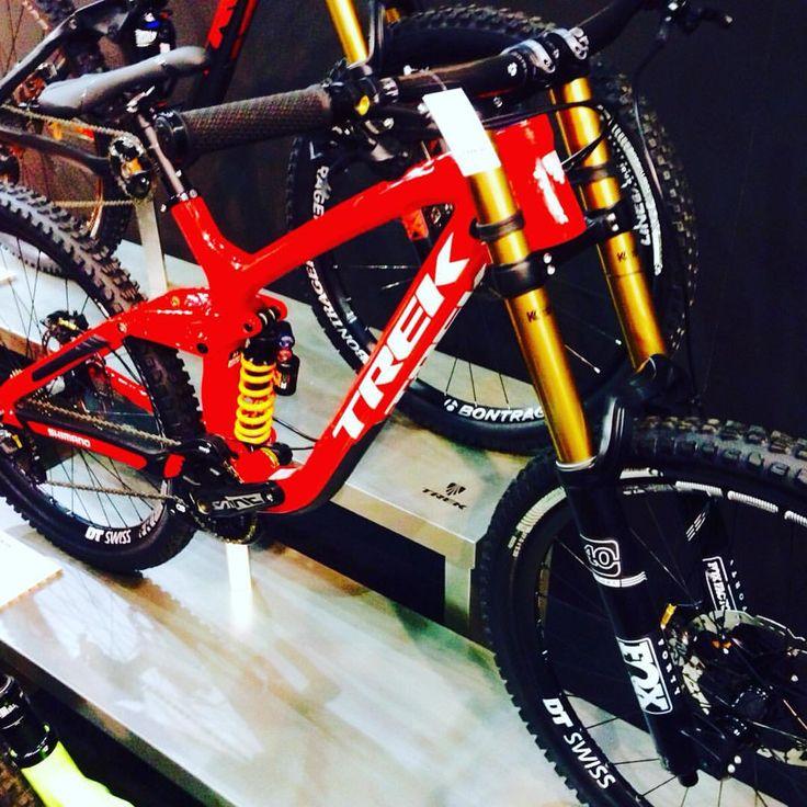 Brave Bikers Bicycle Club | @feriaunibike 2015 #trek #mtb #bike #bikeporn...