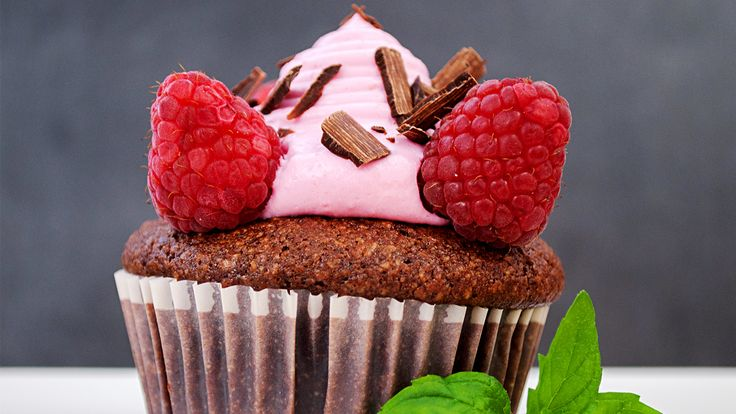 Chocolate Cupcakes with Pink Velvet Frosting