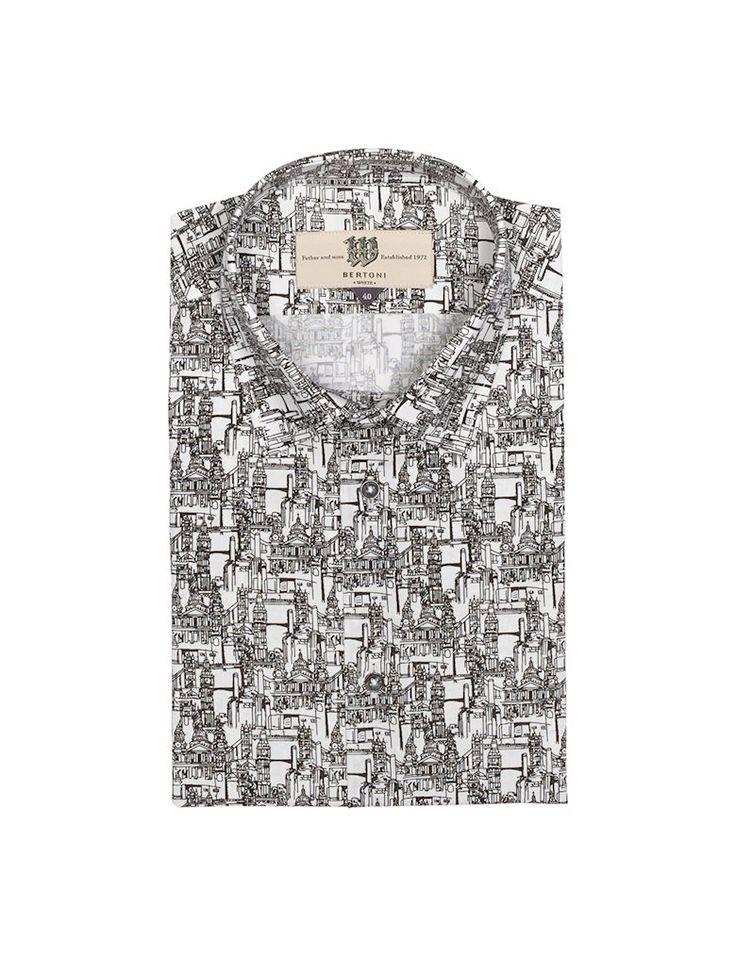 Vores Dave slim fit skjorte med en klassisk krave. En to-farvet skjorte med et arkitektonisk print.  Det smukke botaniske print på skjorten matcher knapperne